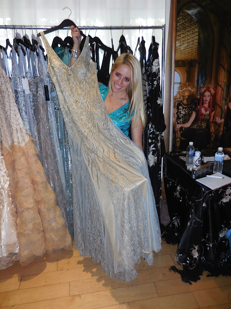 Greta Kovacs, the amazing publicist, for Sue Wong, one of my favorite designers on the planet, displays a beautiful evening gown of Sue's that is definitely Oscar worthy!