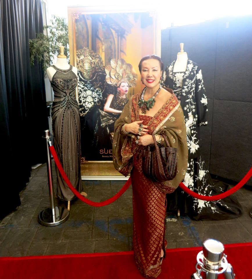 Award-Winning Glamour and Style...Sue Wong and her exquisite evening gowns at the red carpet entrance of the lounge